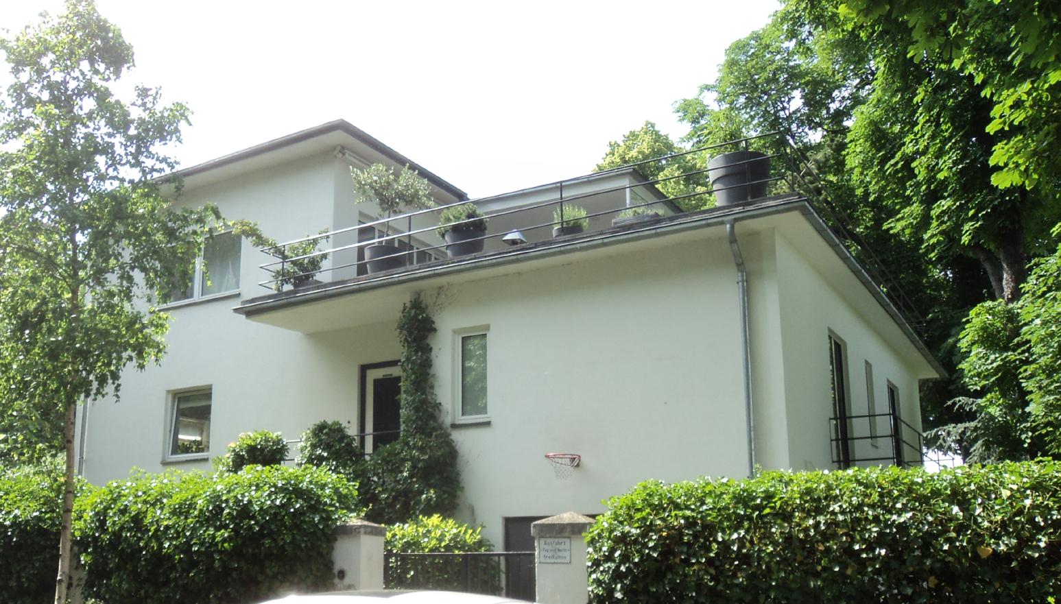 Villenführung: Bauhaus und klassische Villen in Rodenkirchen am 6.5.2018