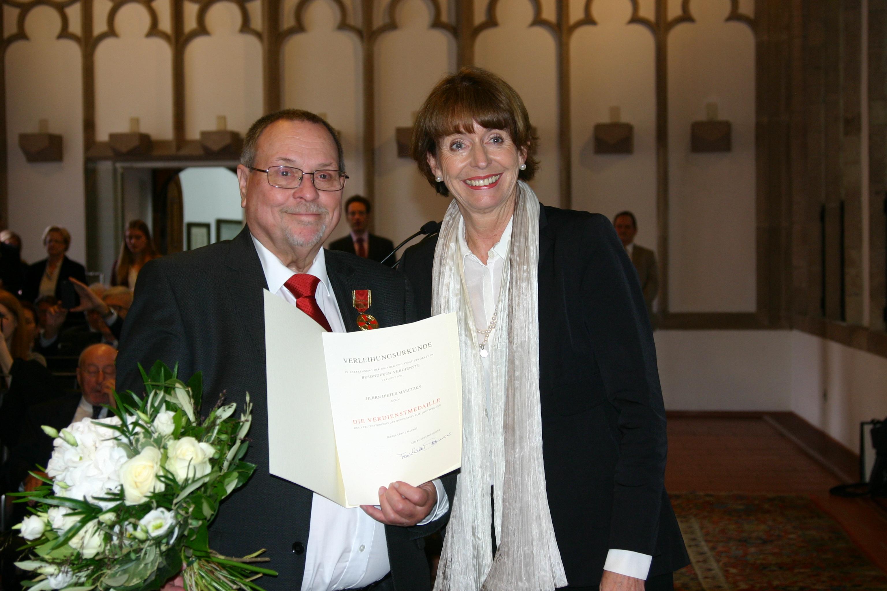 Dieter Maretzky mit dem Verdienstorden der Bundesrepublik ausgezeichnet