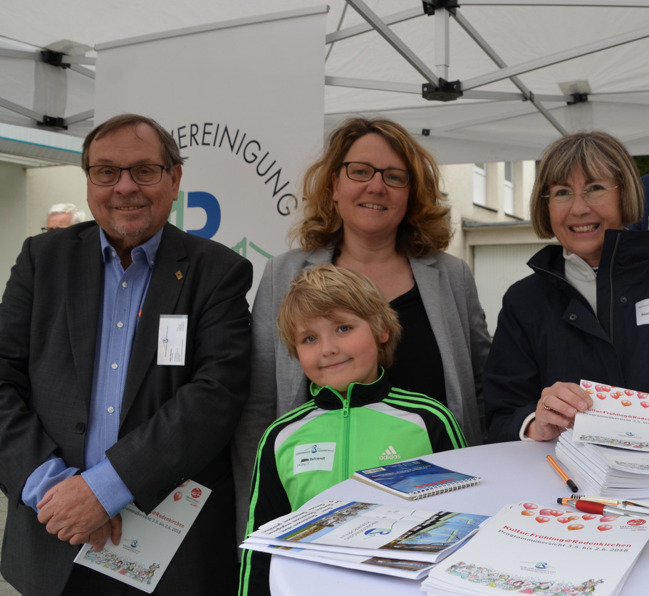 Infostand Bürgervereinigung Maternusplatz am 13. April 2019