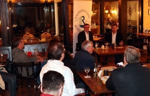 Der Bürgertreff der Bürgervereinigung Rodenkirchen bietet eine gute Diskussionsplattform