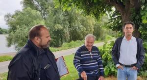 Ortstermin an der Riviera in Rodenkirchenwegen Lärm- und Müllproblematik