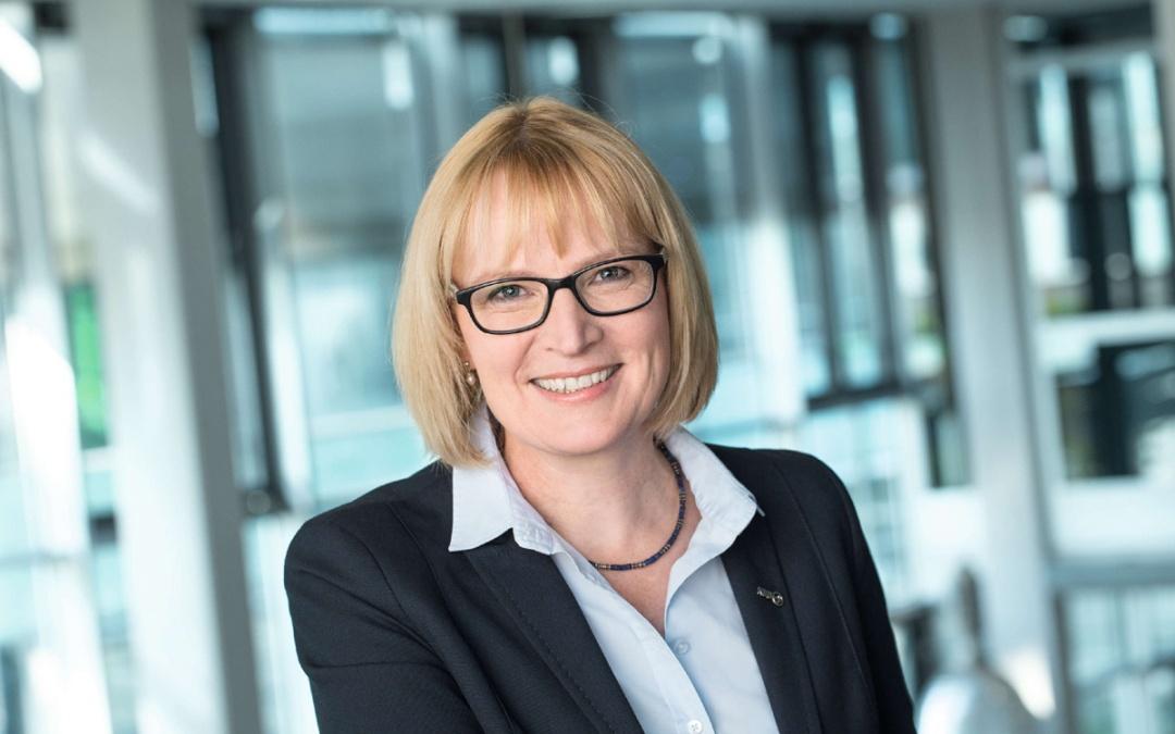 Stefanie Haaks KVB am 30.9. im Gespräch zum ÖPNV in Köln Süd