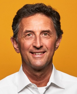Dr. Jörg Klusemann, Vorsitzender SPD-Fraktion Bezirksvertretung Rodenkirchen, stellt sich Fragen auf digitalem Bürgetreff der Bürgervereinigung Rodenkirchen